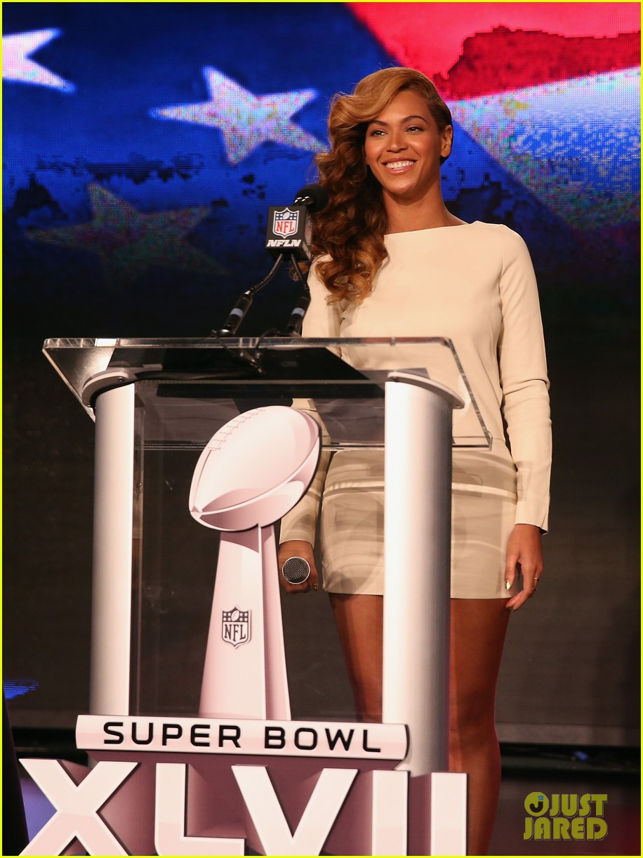 beyonce national anthem live at super bowl press conference 06