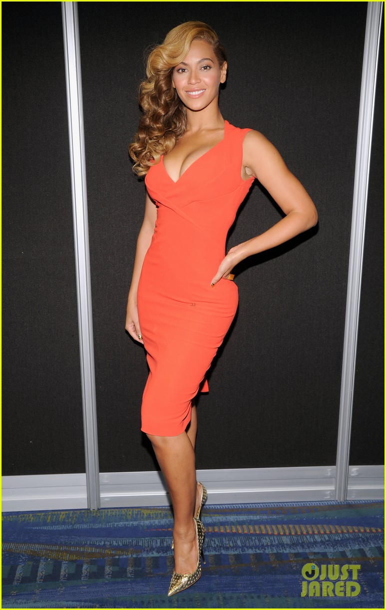 beyonce press conference complete video backstage pics 05