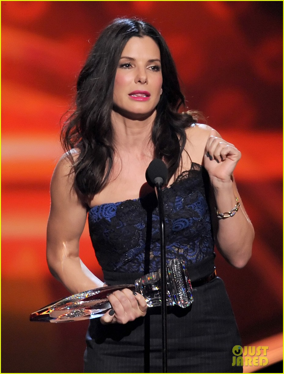 sandra bullock peoples choice 2013 21