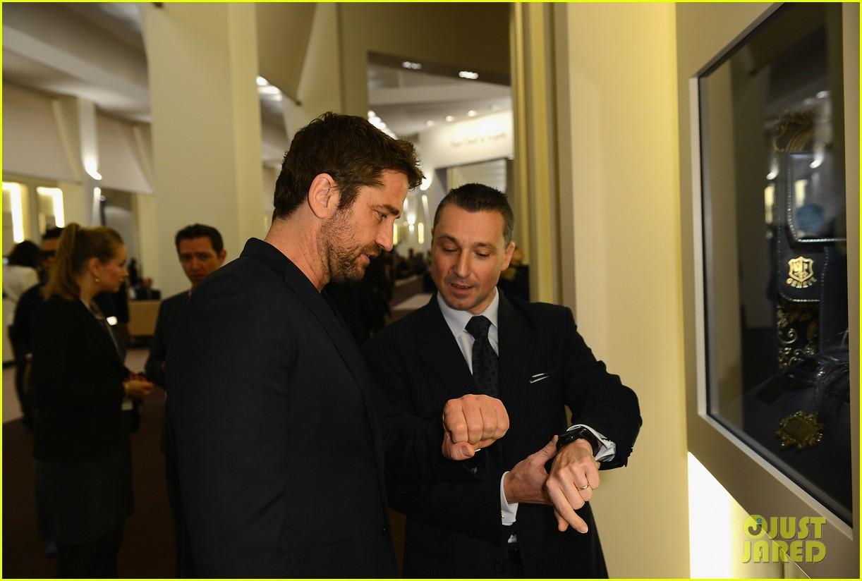 gerard butler roger dubois booth visit in geneva 13