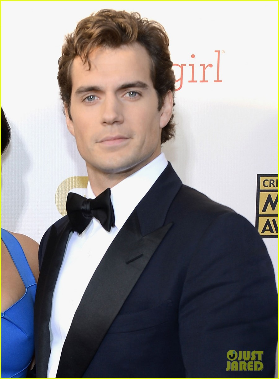 henry cavill gina carano new couple at critics choice awards 01