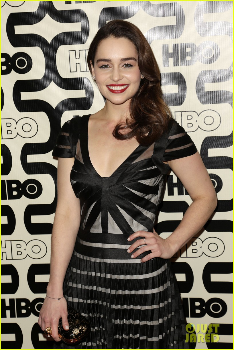 seth macfarlane emilia clarke hbo golden globes party 08