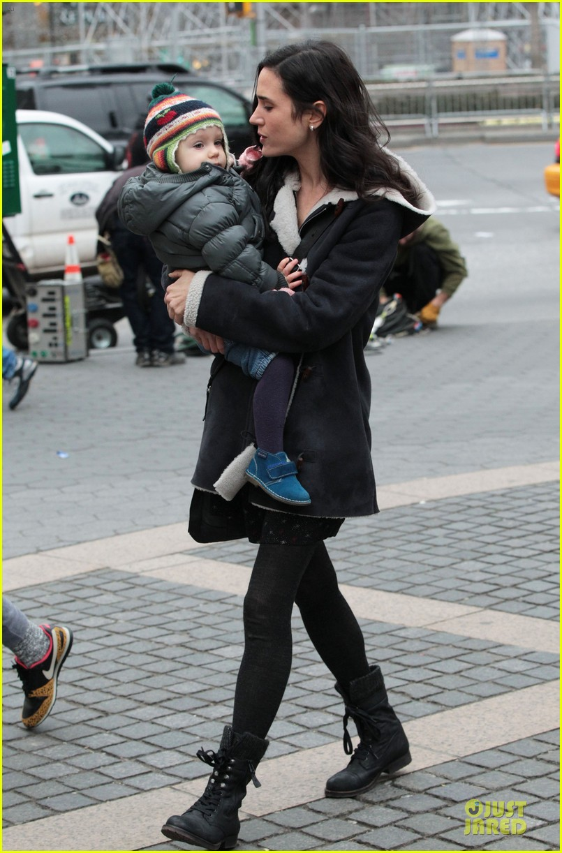 jennifer connelly agnes visits winters tale set 05