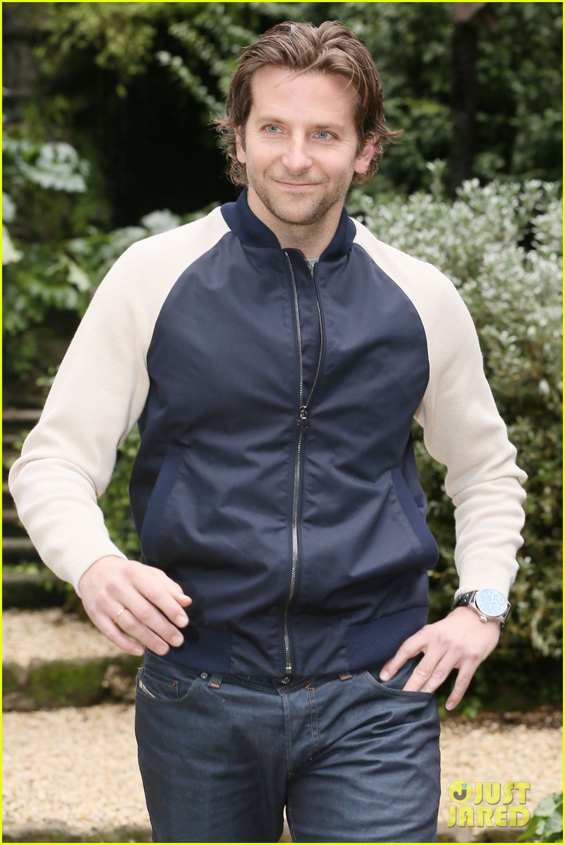 bradley cooper rome photo call japan jetsetter 14
