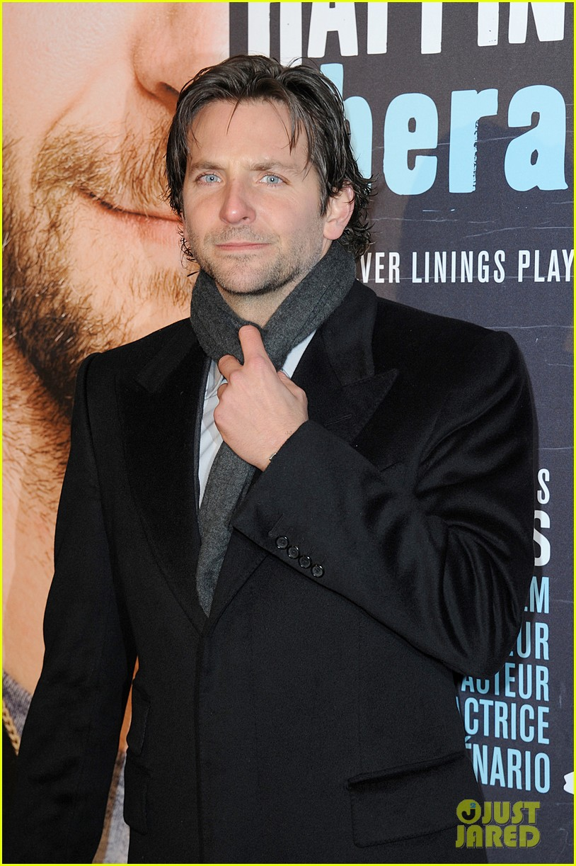 bradley cooper silver linings playbook paris premiere 18