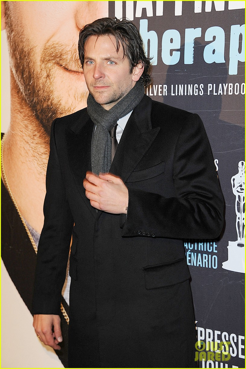 bradley cooper silver linings playbook paris premiere 19
