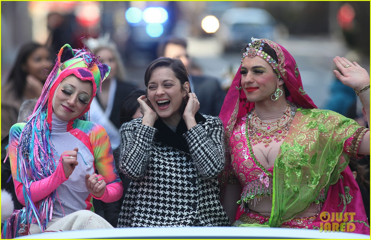 marion cotillard hasty pudding woman of the year 2013 11