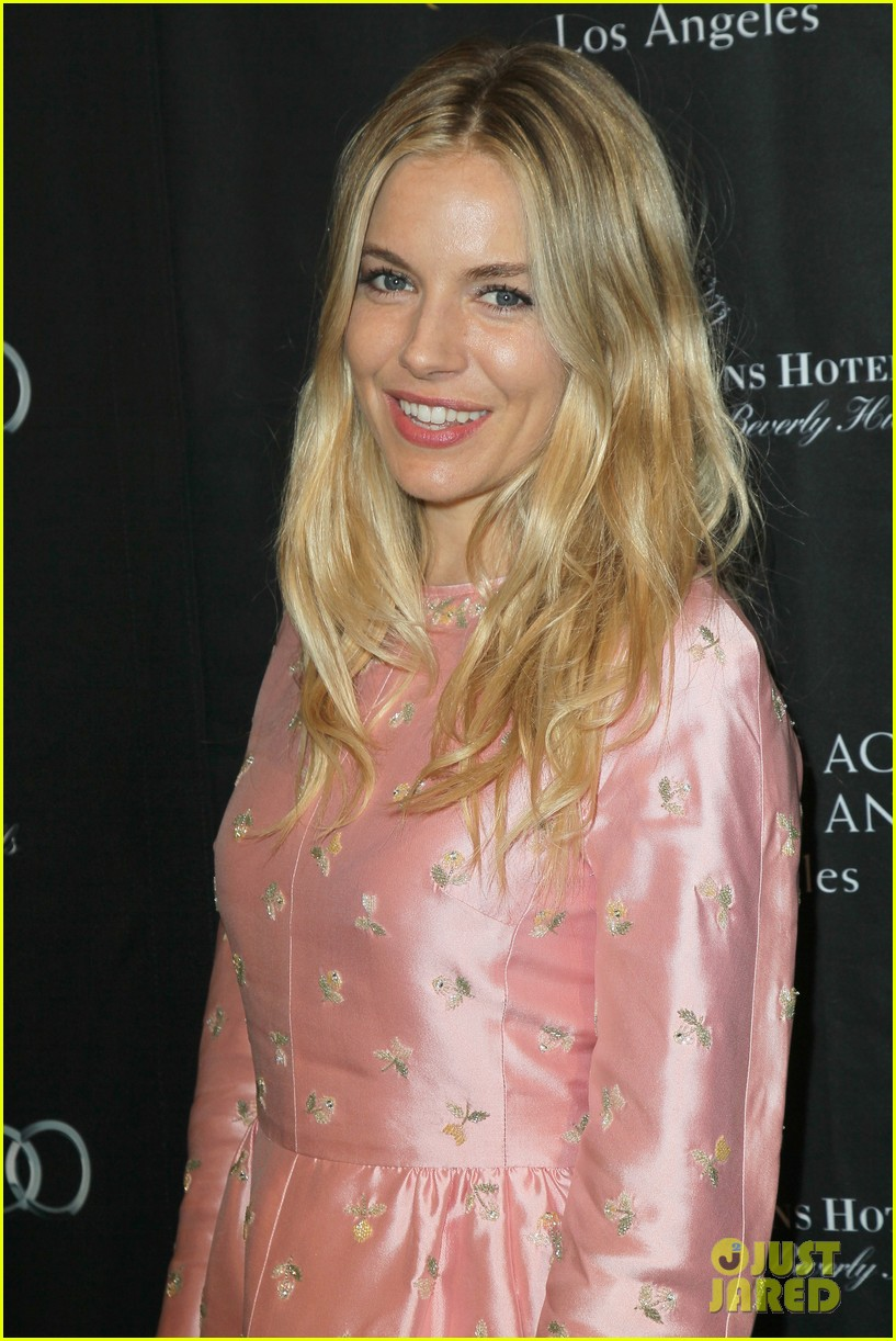 marion cotillard sienna miller bafta tea party 2013 06