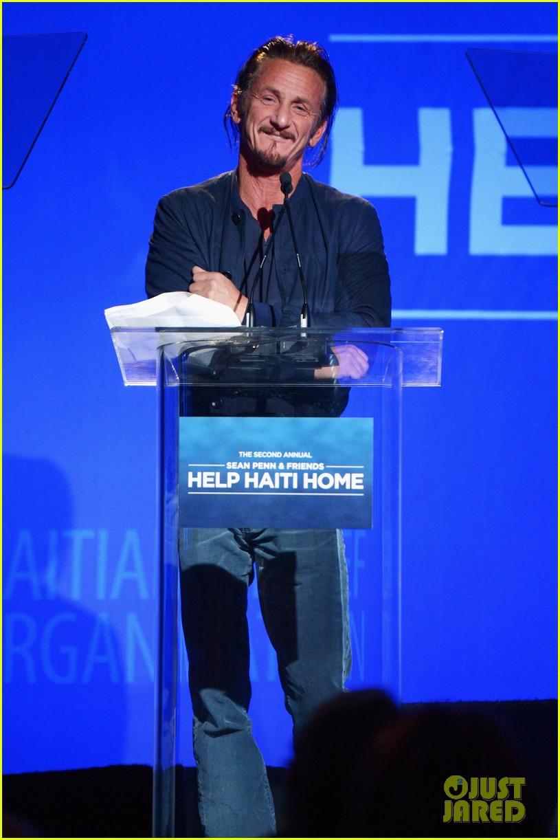 daniel craig sean penn help haiti now gala 032790519
