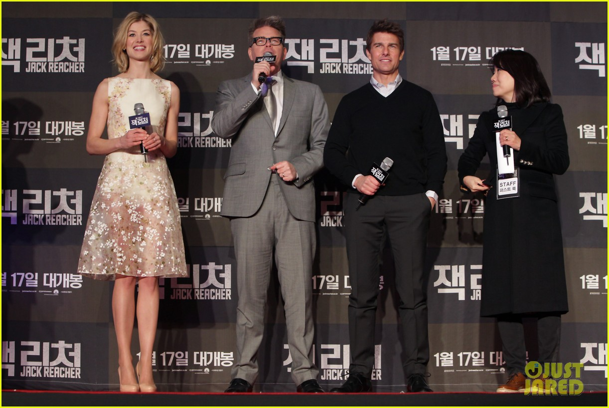 tom cruise rosamund pike jack reacher seoul screening 032788597