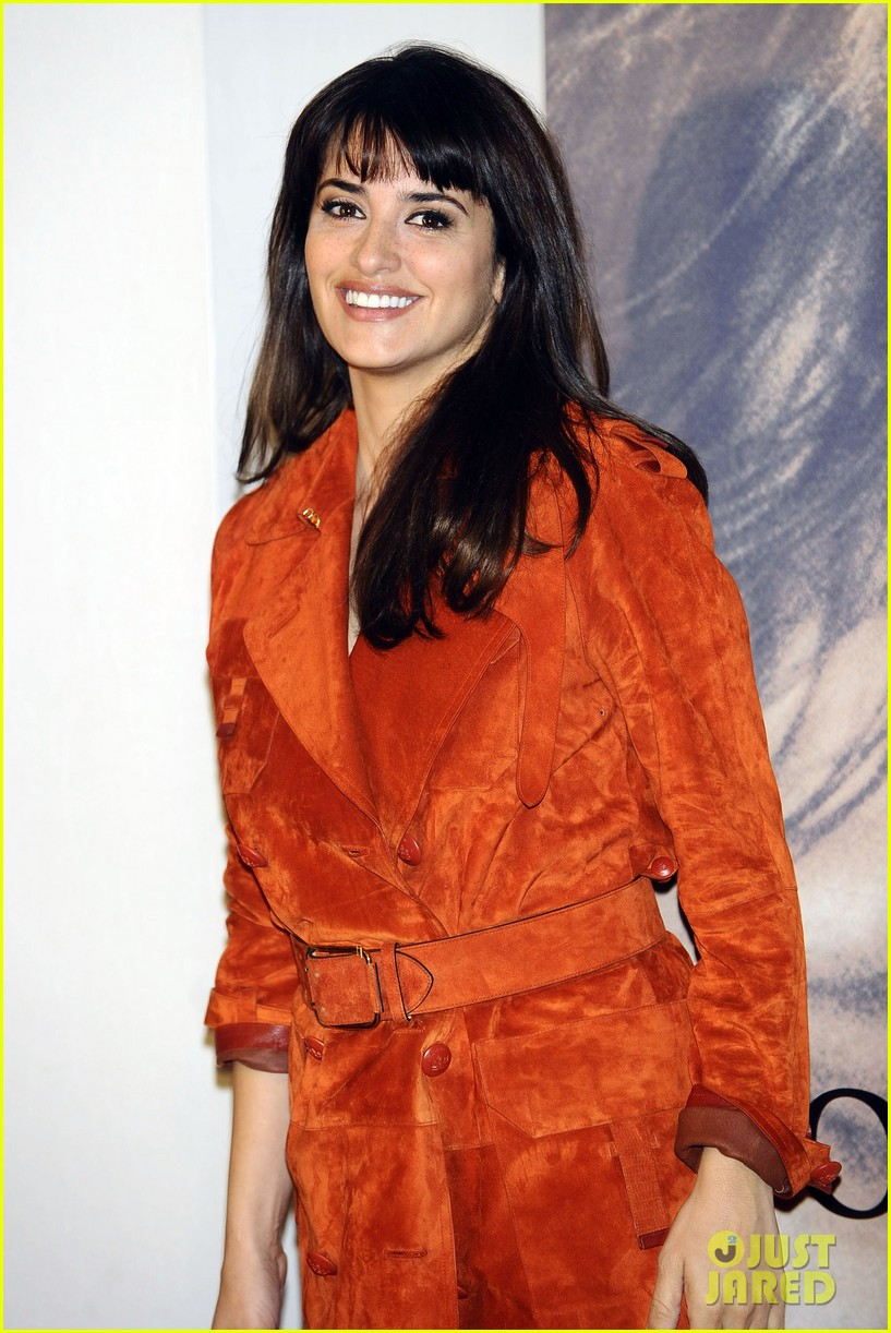 penelope cruz twice born madrid photo call 07