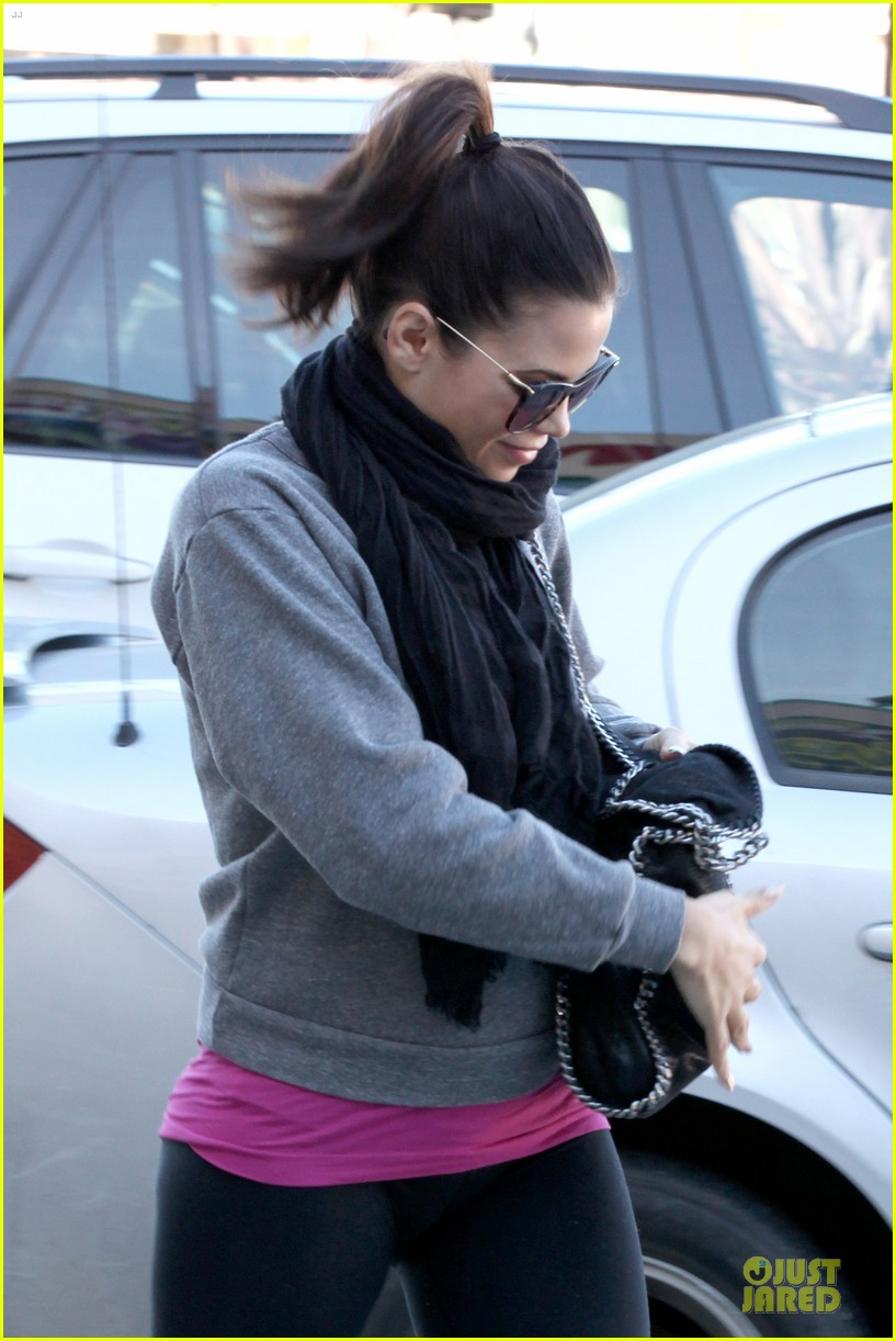 jenna dewan lunchtime in beverly hills is not good for my hormones 15