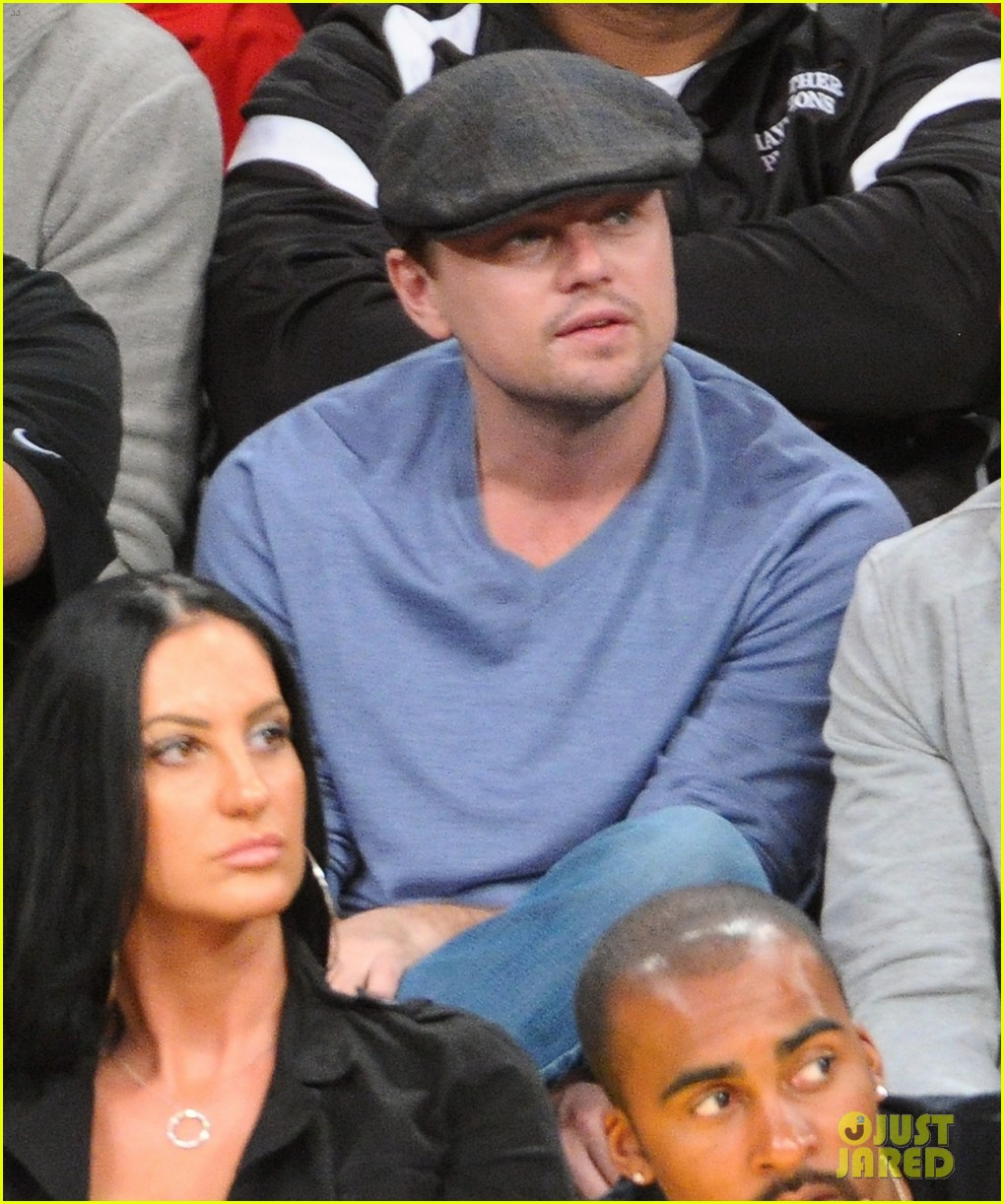 leonardo dicaprio lakers game night 09