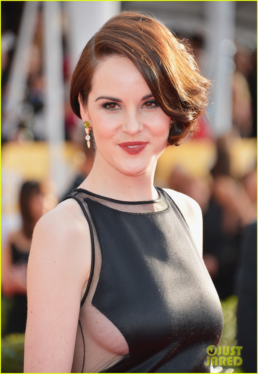 michelle dockery sag awards 2013 red carpet 042799636