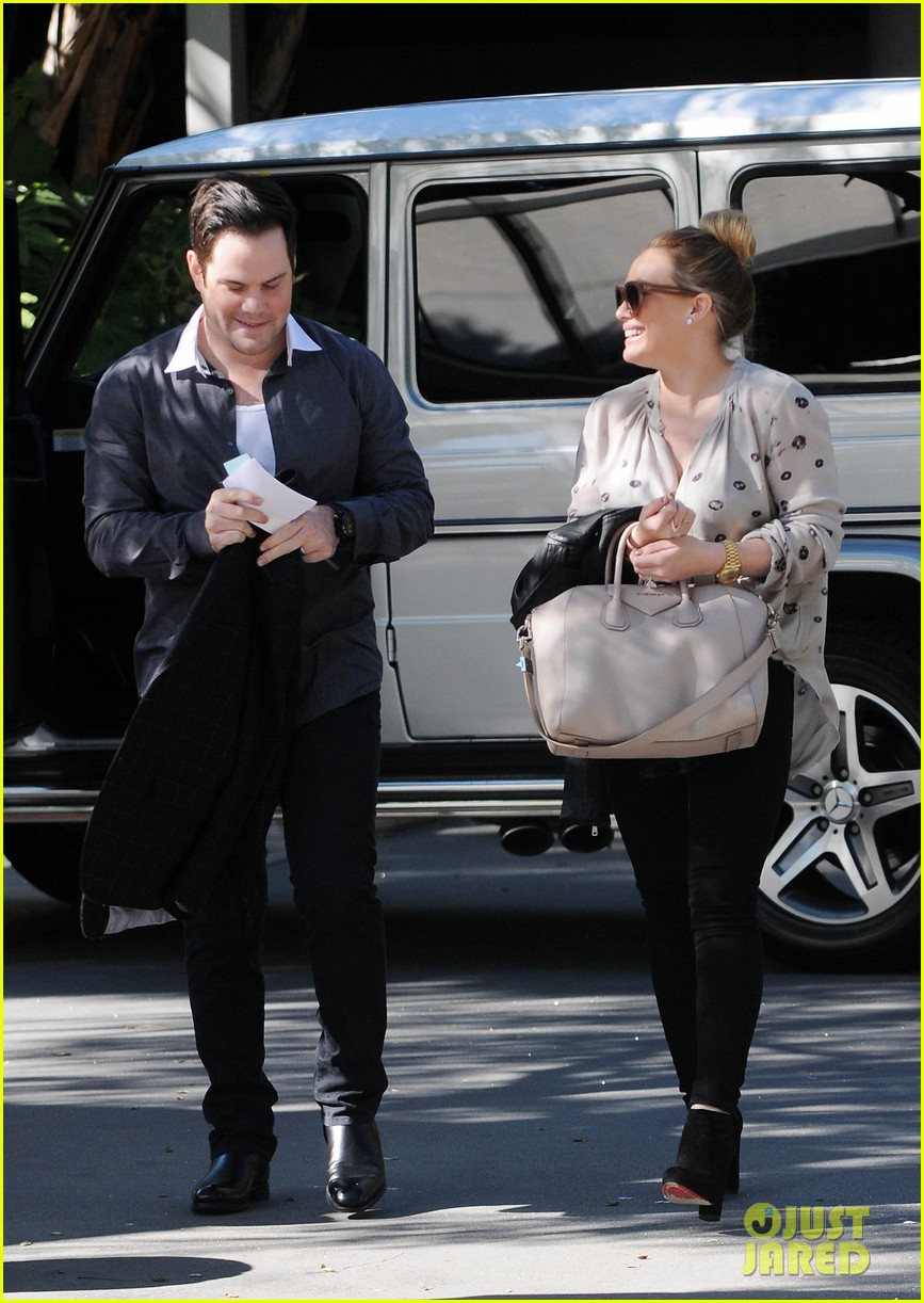 hilary duff mike comrie kings stanley cup celebration 14
