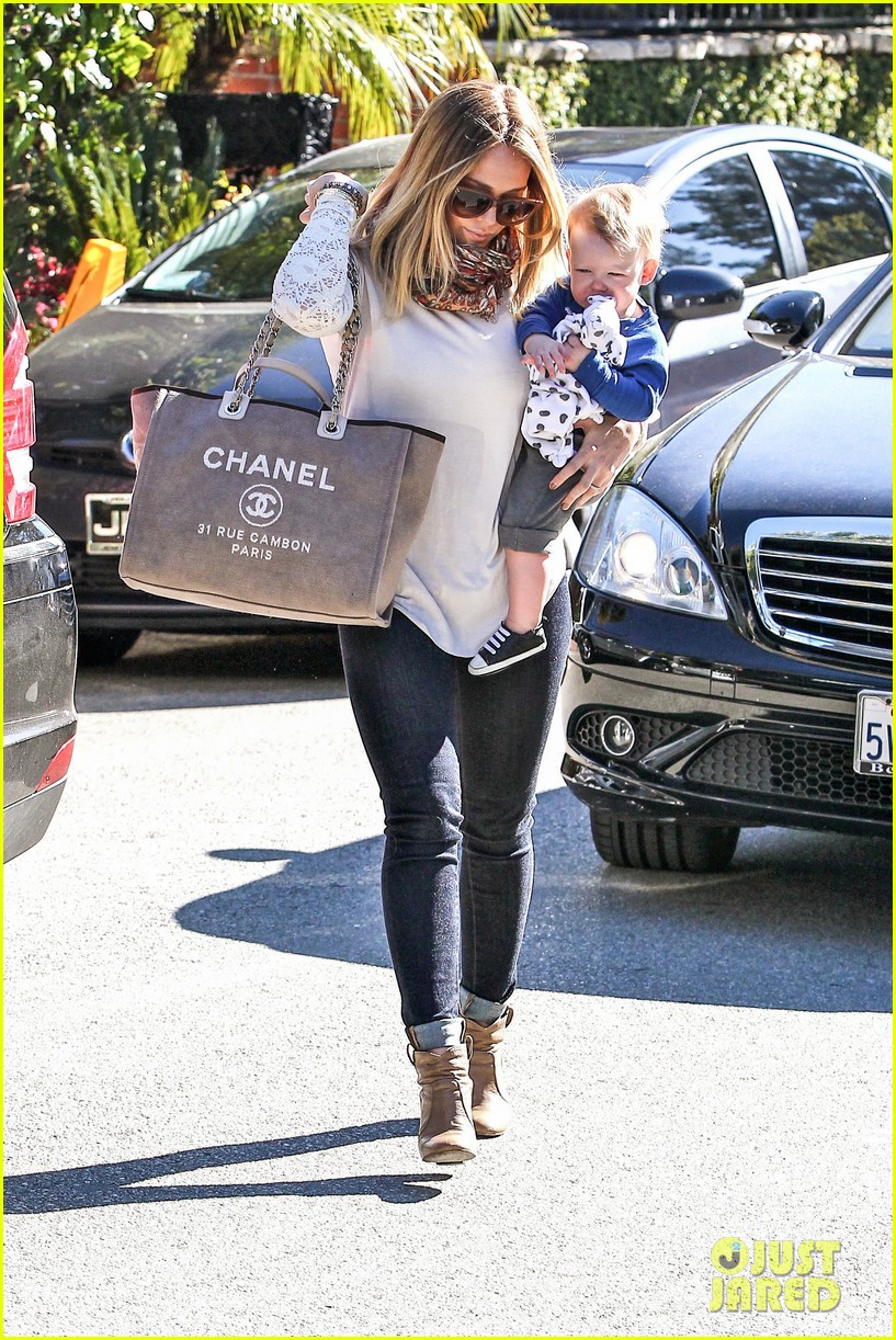 hilary duff mike comrie lakers lovers 13