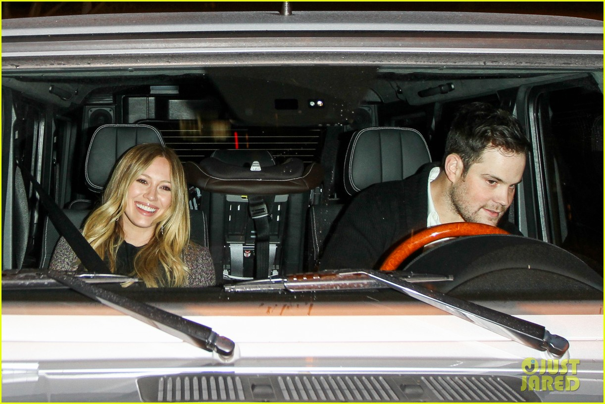 hilary duff mike comrie madeo dinner couple 03