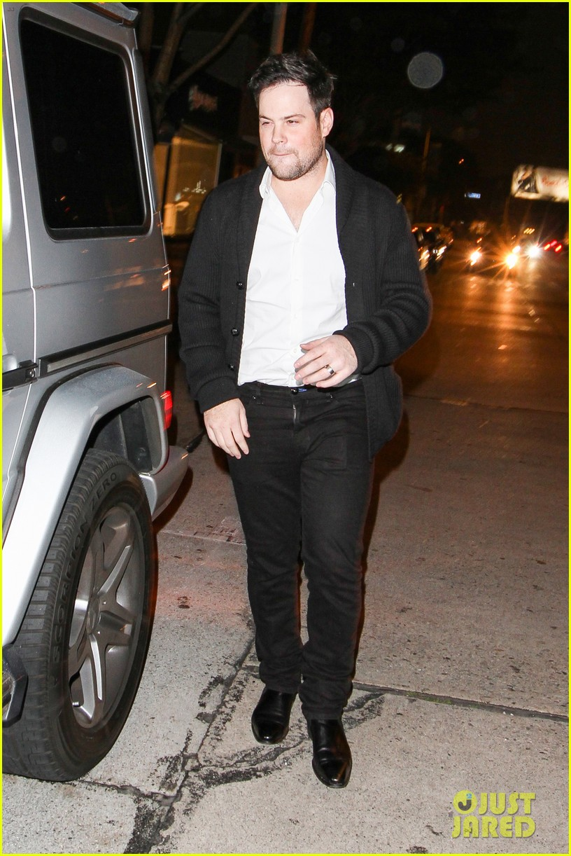 hilary duff mike comrie madeo dinner couple 04