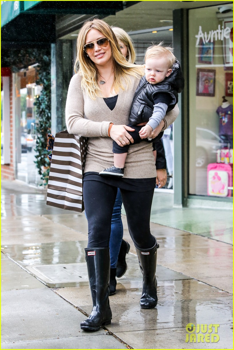 hilary duff you deserve a massage 07