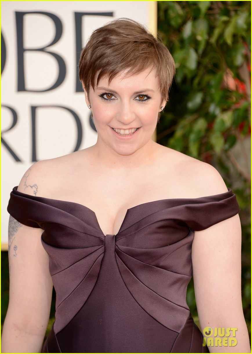lena dunham girls wins best comedy series at golden globes 2013 04