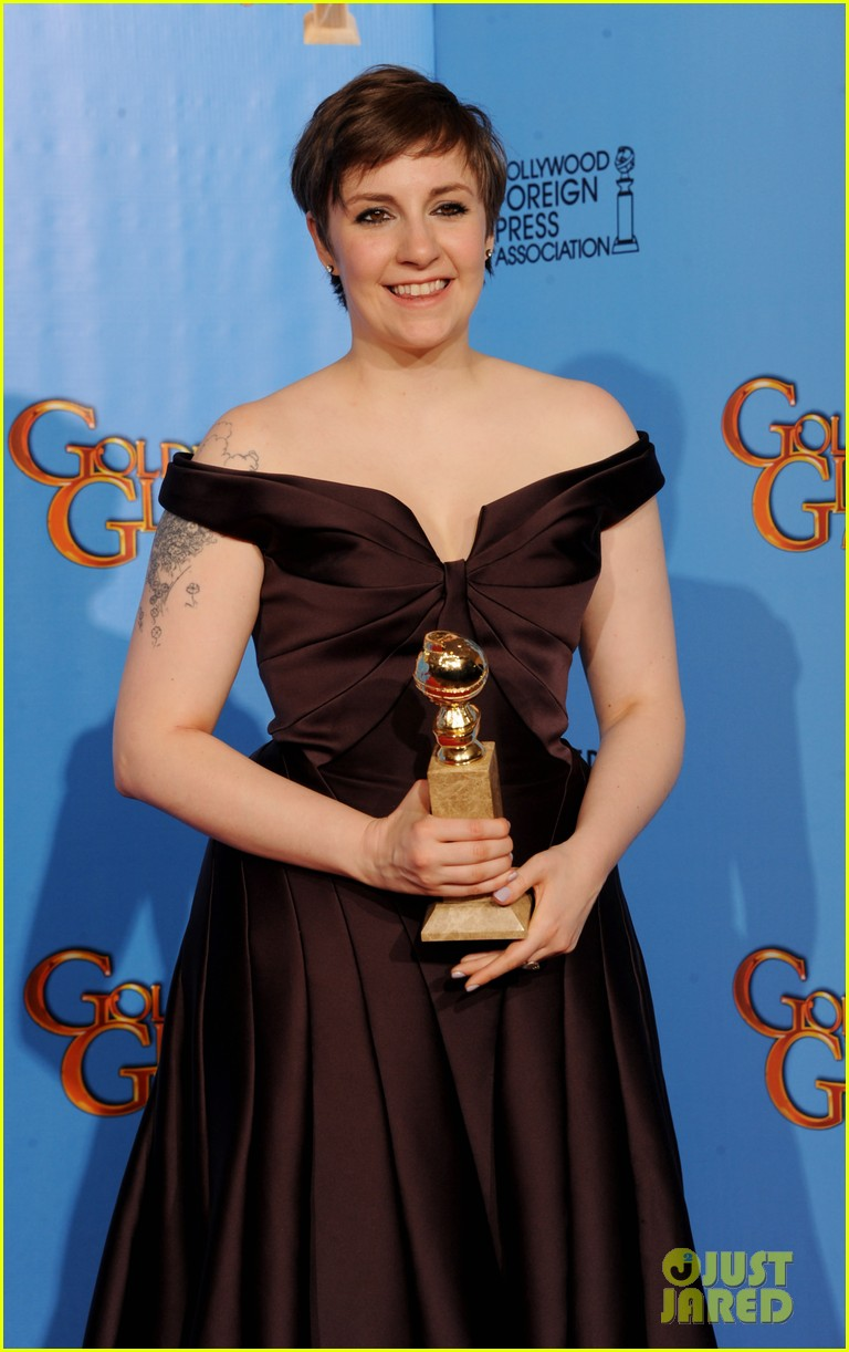 lena dunham girls wins best comedy series at golden globes 2013 10