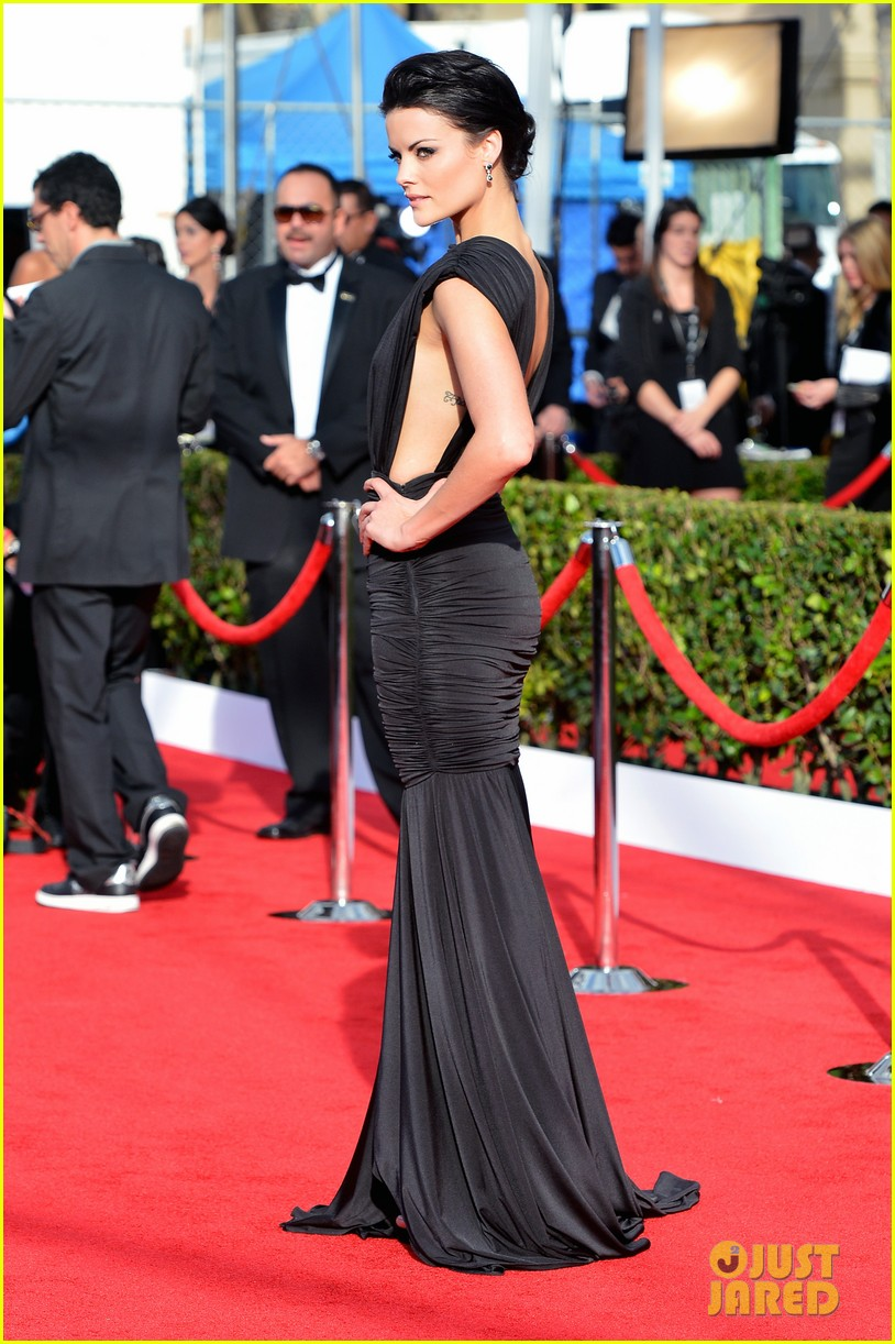 jaimie alexander sag awards 2013 red carpet 062799617