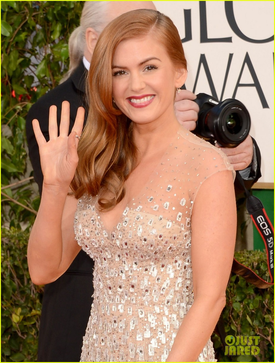 isla fisher golden globes 2013 red carpet 01