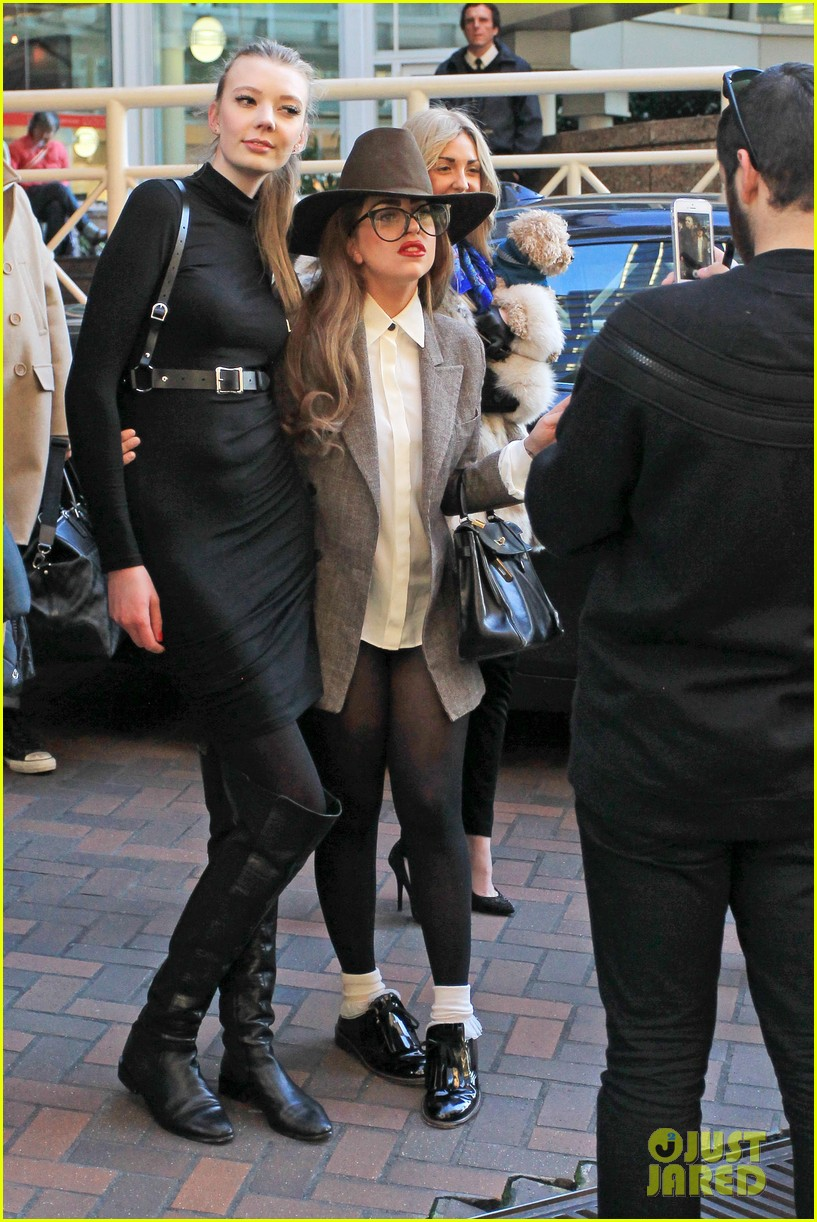 lady gaga steps out after kelly osbourne feud 092788816