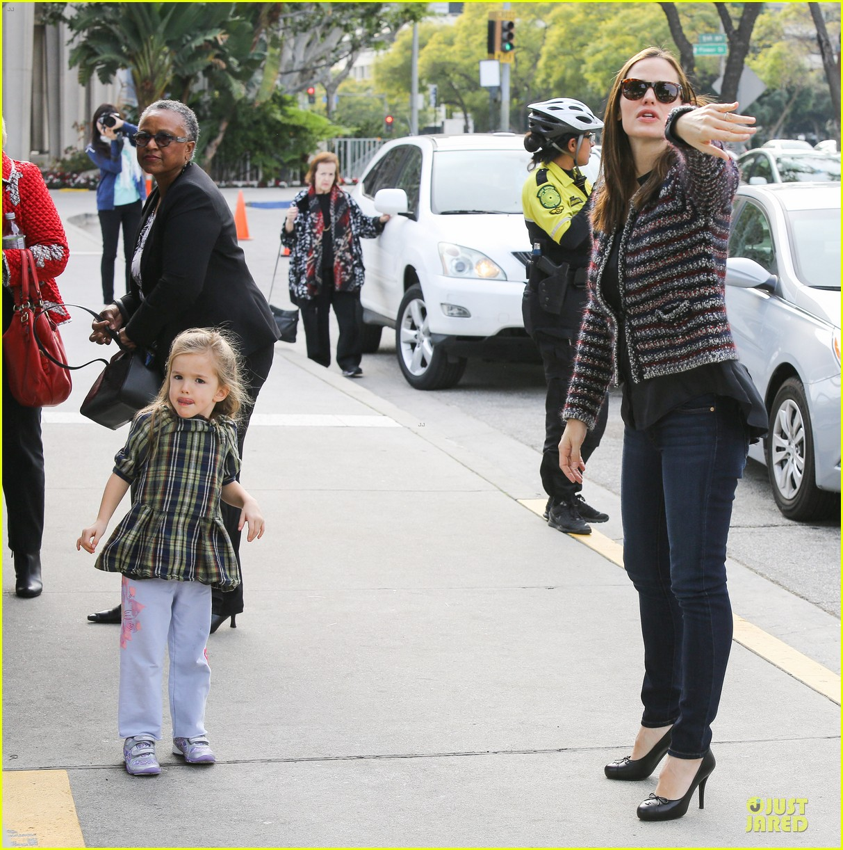 jennifer garner ahmanson play date with violet & seraphina 082785308