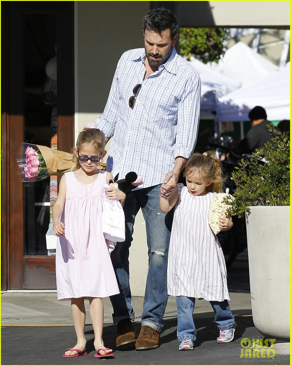 jennifer garner ben affleck weekend outings with the girls 142796352