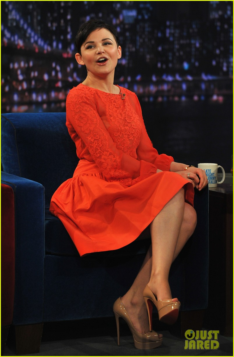 ginnifer goodwin late night with jimmy fallon appearance 082788223