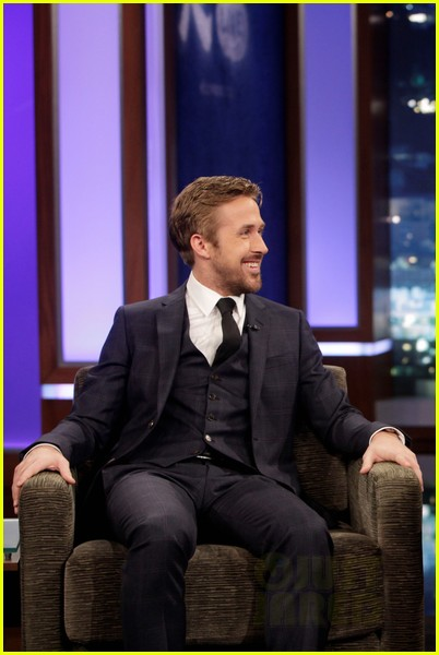 ryan gosling will ferrell knife guys for jimmy kimmel live 112788315