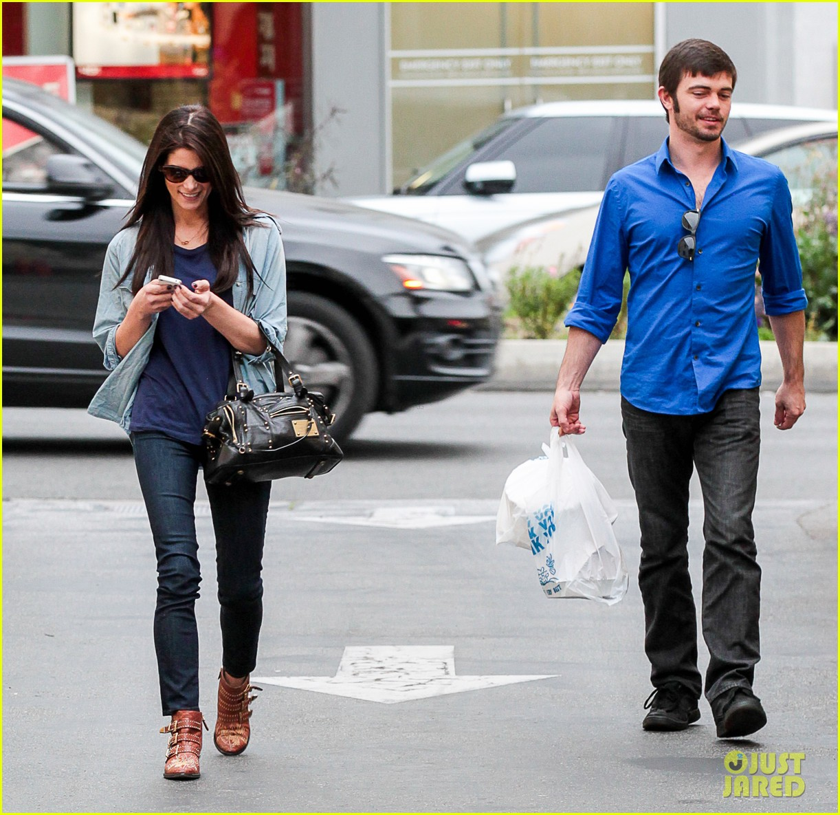 ashley greene cafe med cutie 12
