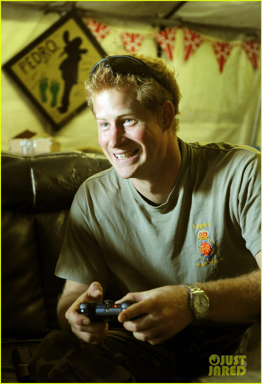 prince harry talks nude photos kate middletons pregnancy 10