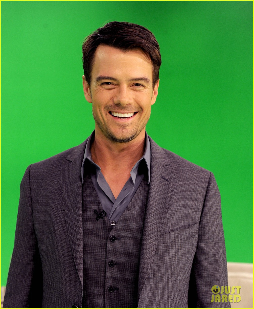 josh duhamel julianne hough a night with safe haven 07