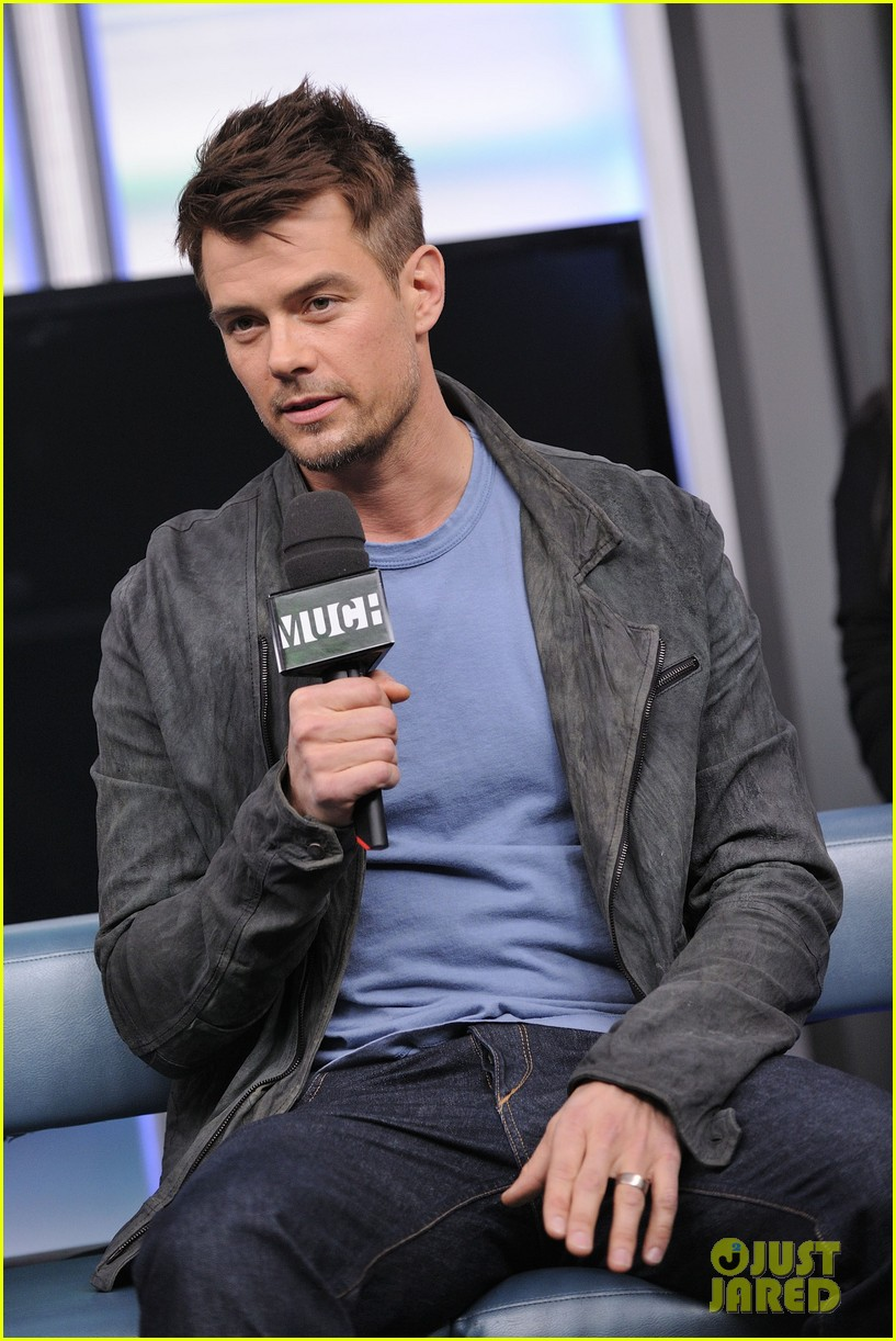 josh duhamel julianne hough safe haven toronto premiere 17