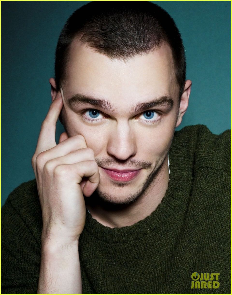 nicholas hoult photo shoot justjared exclusive 03