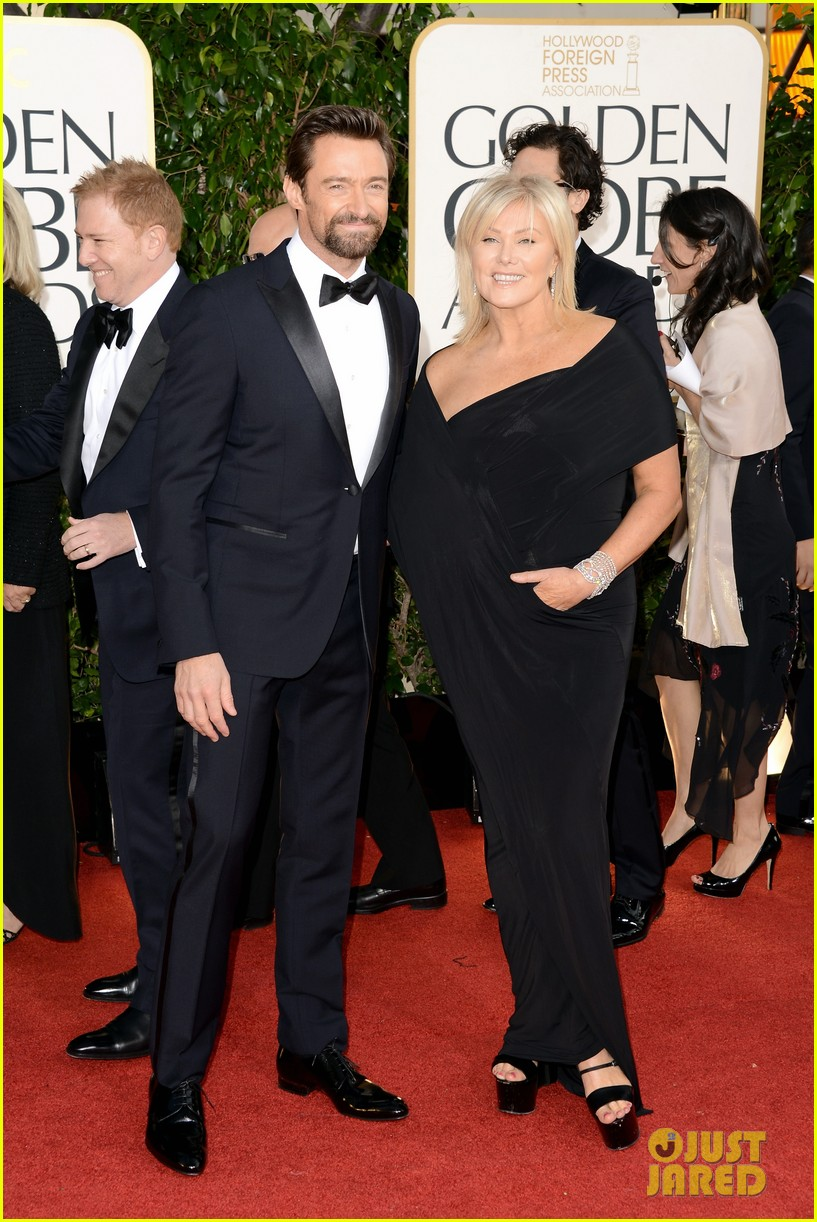 hugh jackman golden globes 2013 red carpet 01