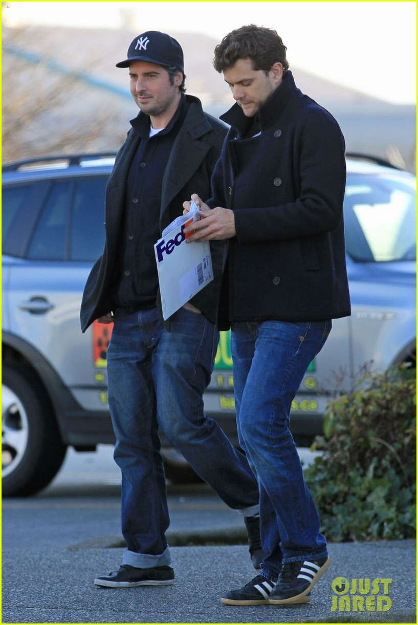 joshua jackson from vancouver to socal 152800630