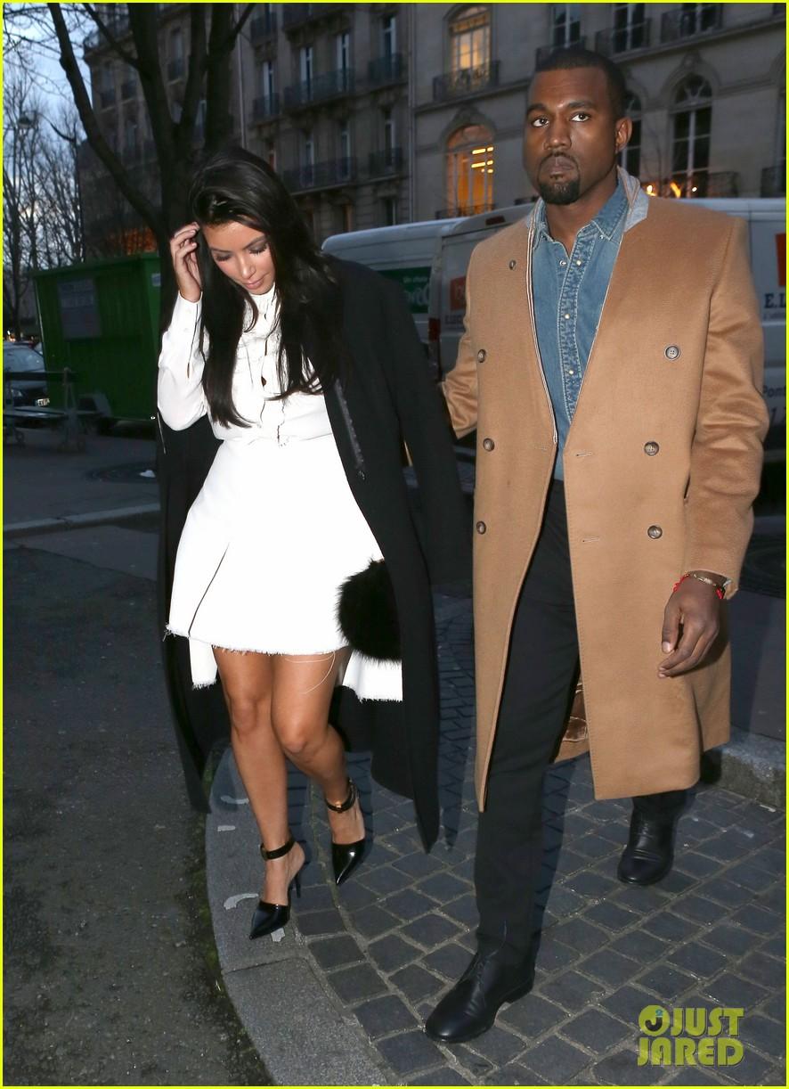 kanye west kim kardashian balenciaga shoppers 11