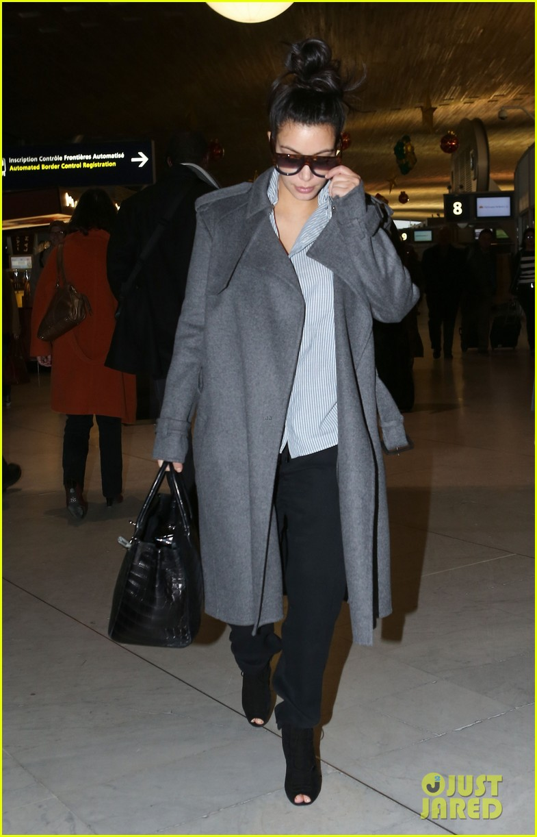 kim kardashian back from paris 11