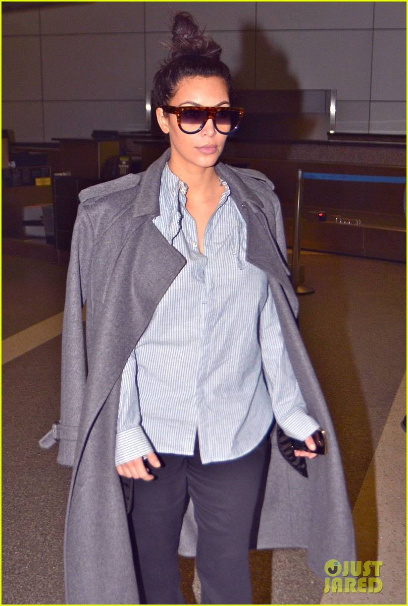 kim kardashian back from paris 16