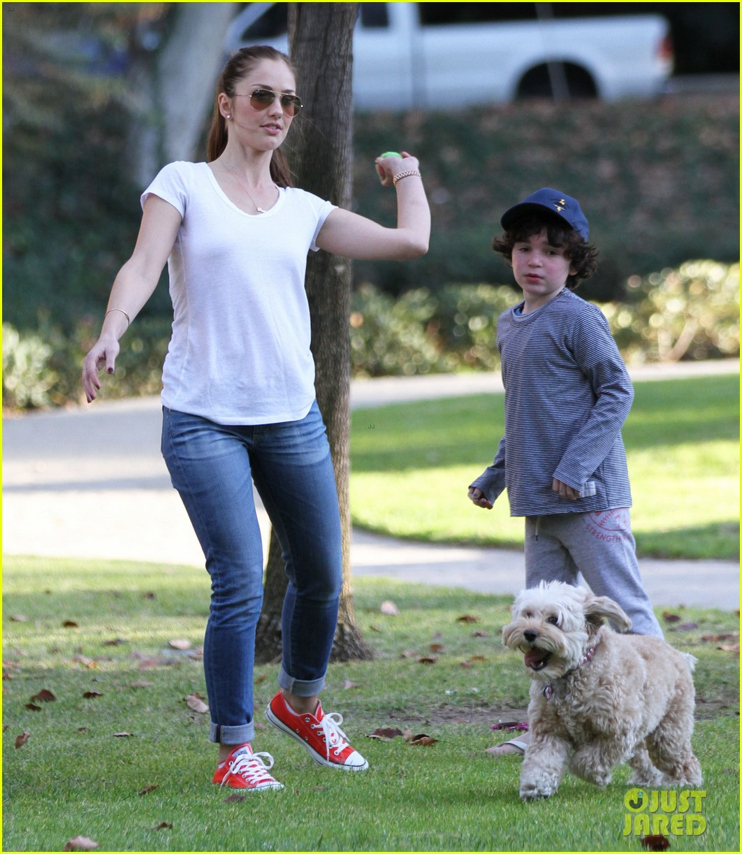 minka kelly dog park fun with chewy 192795951