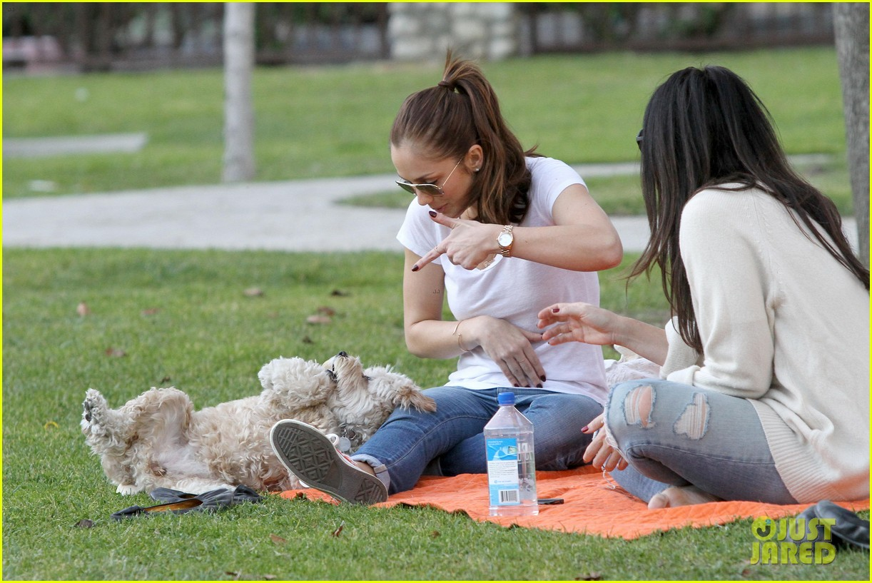 minka kelly dog park fun with chewy 262795958