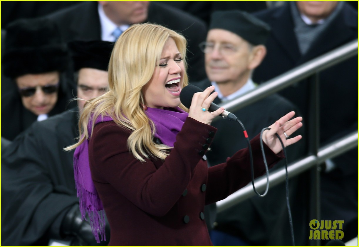 kelly clarkson inauguration performance watch now 02