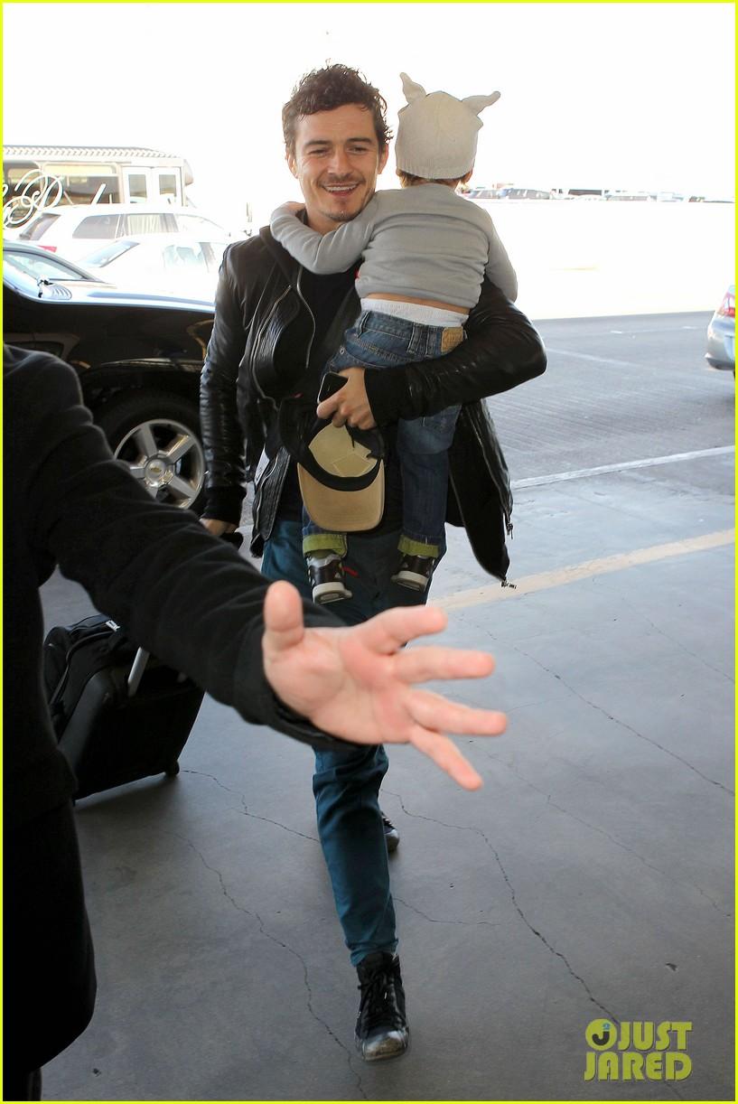 miranda kerr orlando bloom flynn family flight 15