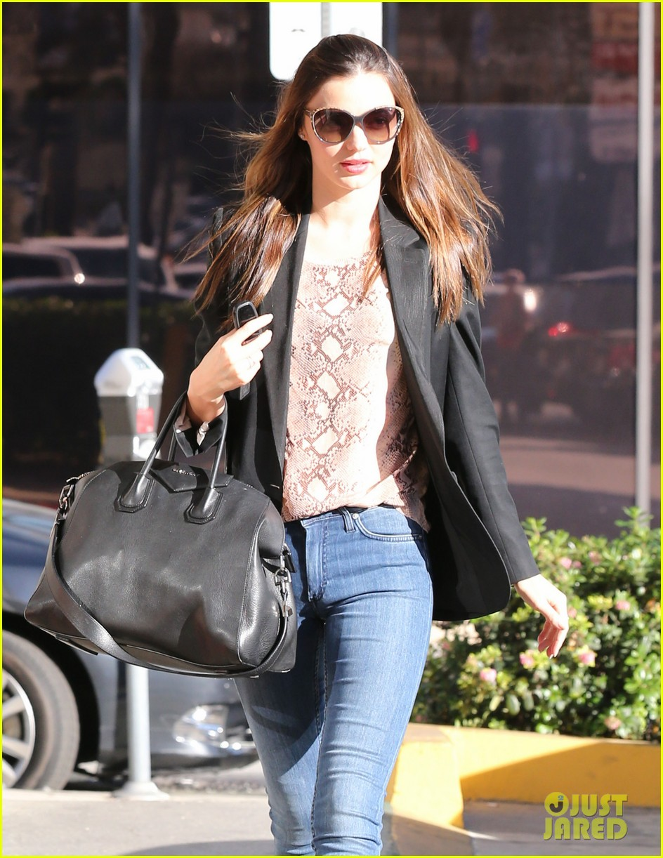 miranda kerr gets pampered orlando bloom goes for a ride 14