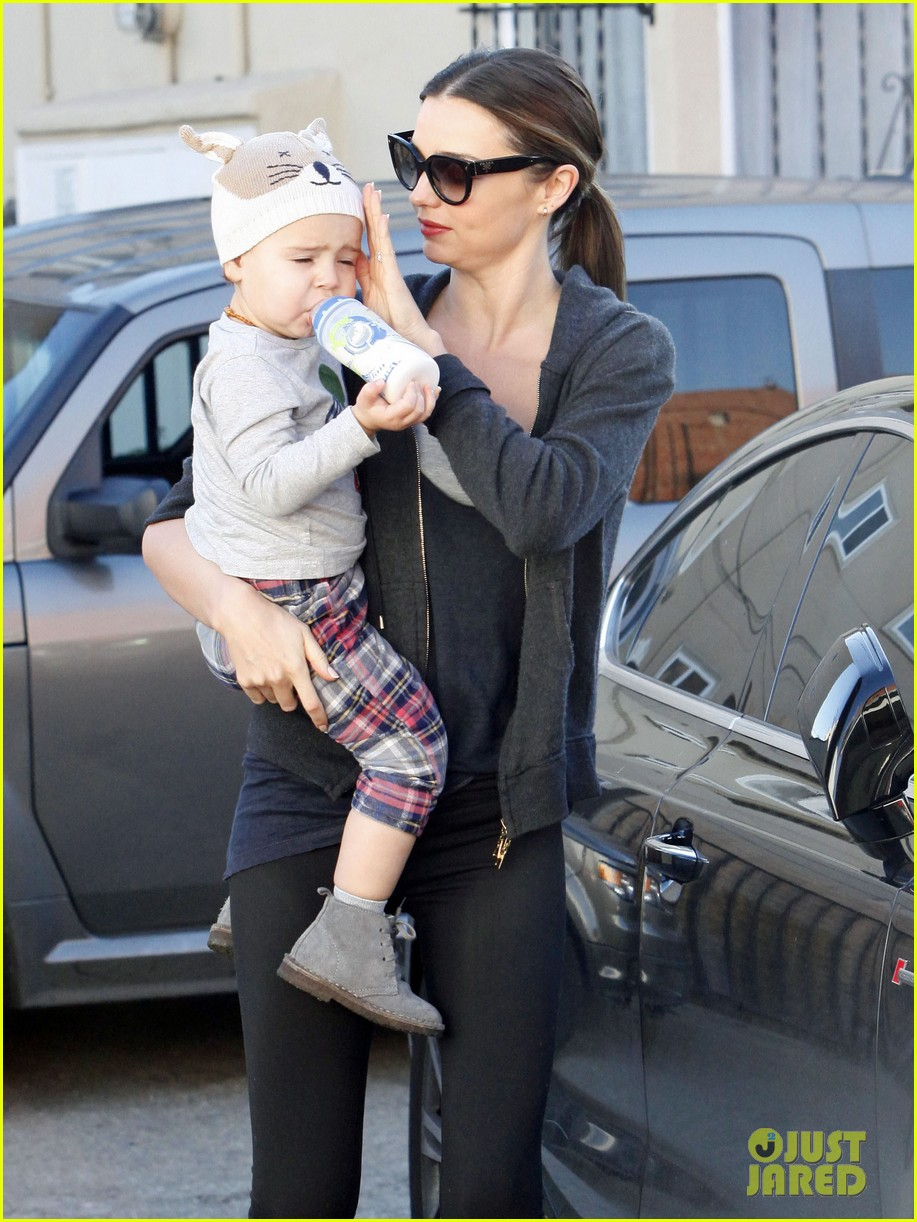 miranda kerr and flynn workout buddies 28