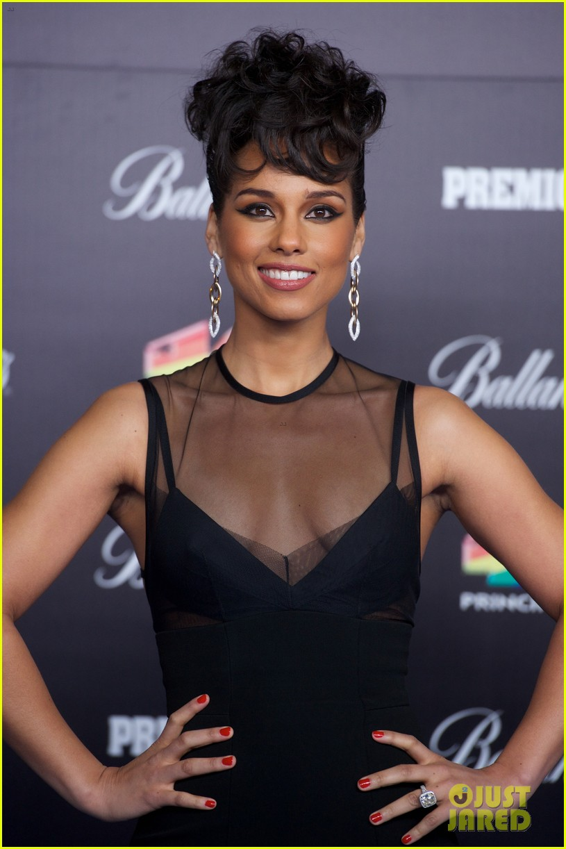 alicia keys 40 principales awards performance watch now 02