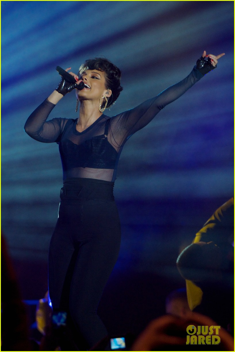 alicia keys 40 principales awards performance watch now 142798272